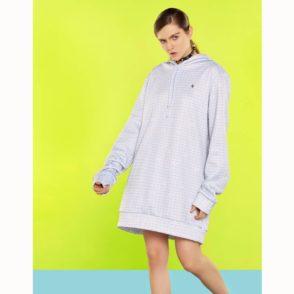mcma-london-mini-skull-oversize-hoodie-2